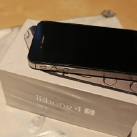 Продаю iPhone 4s 16gb black