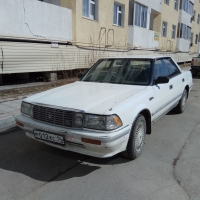 Toyota Crown 131 wide body