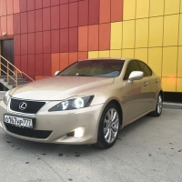 770тр LEXUS IS250