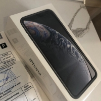 Продам IPhone XR SPACE GRAY 64 gb НОВЫЙ!